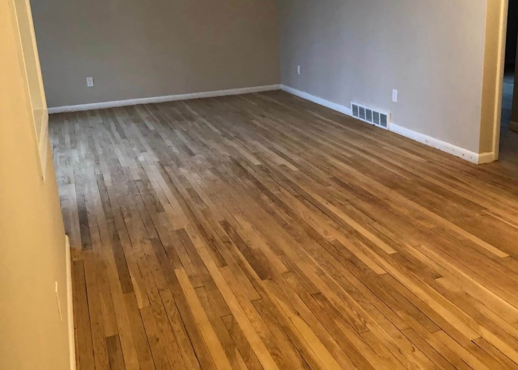 restore hardwood flooring in Charleston, SC